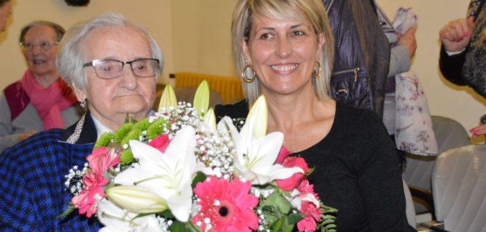 Dolores Equiza1